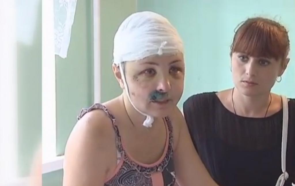ukraine une femme se fait tabasser et violer par deux policiers yzgeneration. Black Bedroom Furniture Sets. Home Design Ideas