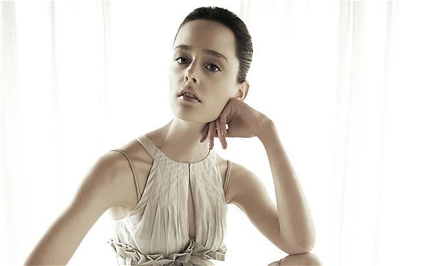 female nude modell rikku pic