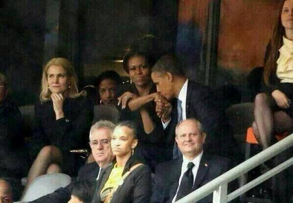Obama-Michelle-Selfie-2