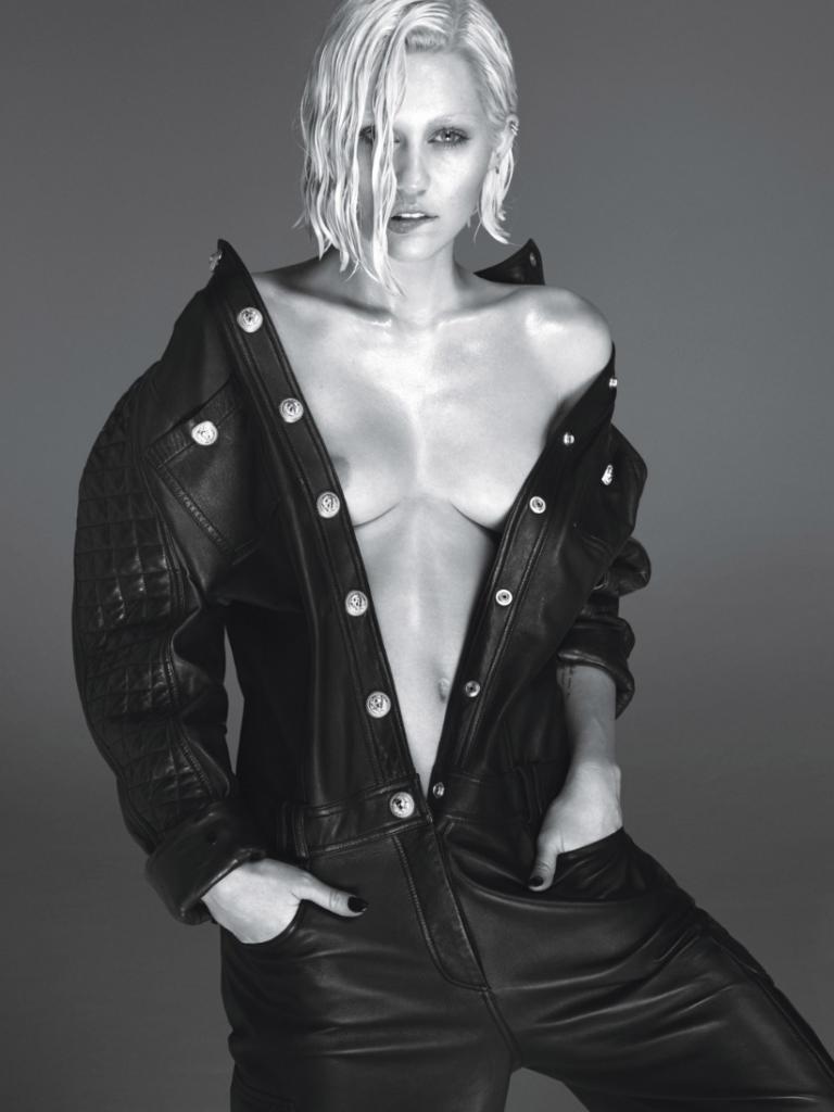 Miley Cyrus-W-Magazine-2