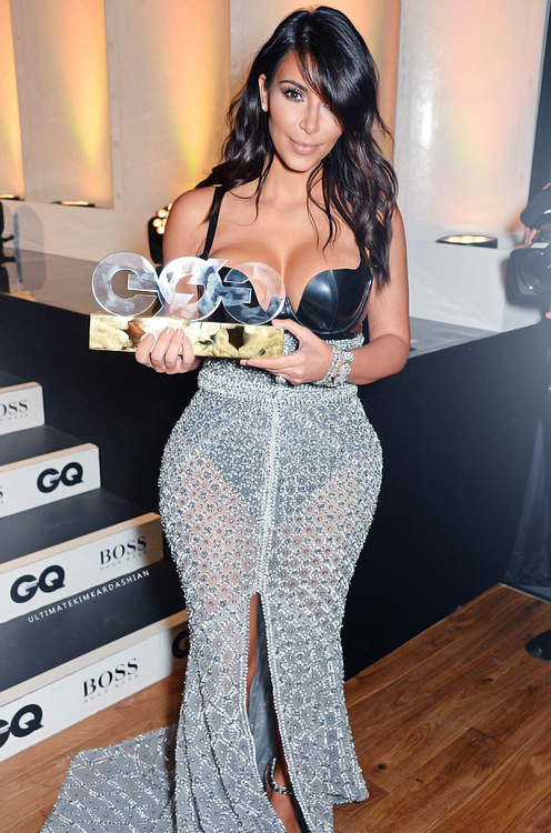 Kim-Kardashian-QG-0