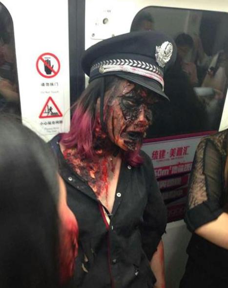 Shanghai-Zombies-Metro-3