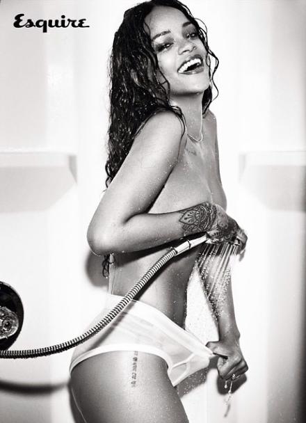 Rihanna-Instagram-Nue-2