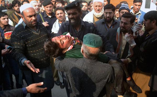 Attentat-Ecole-Pakistan-3