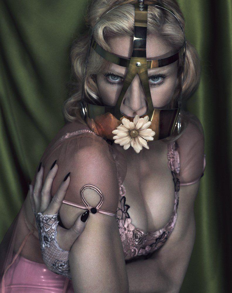 Madonna-Boobs-Interview-3