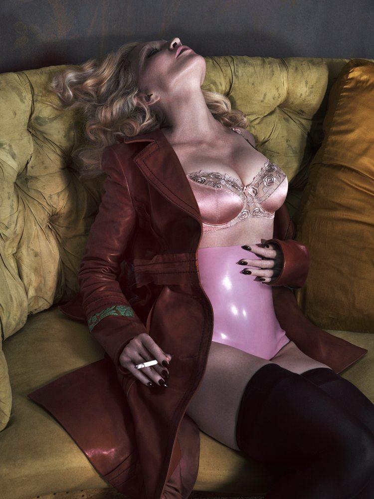 Madonna-Boobs-Interview-4