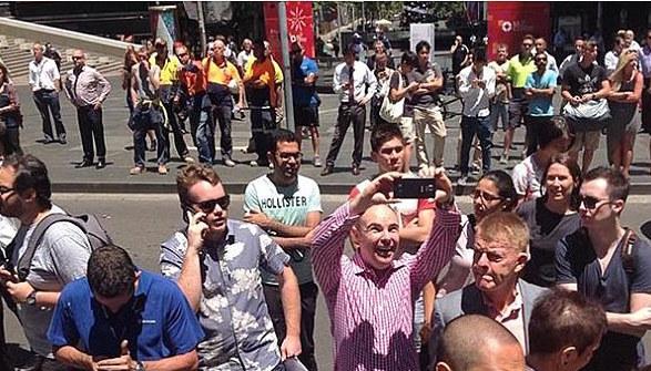 Prise-Otages-Sydney-Selfies-4