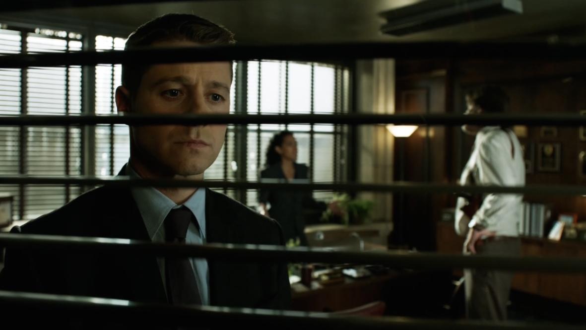 Gotham Saison 1 Épisode 13-2