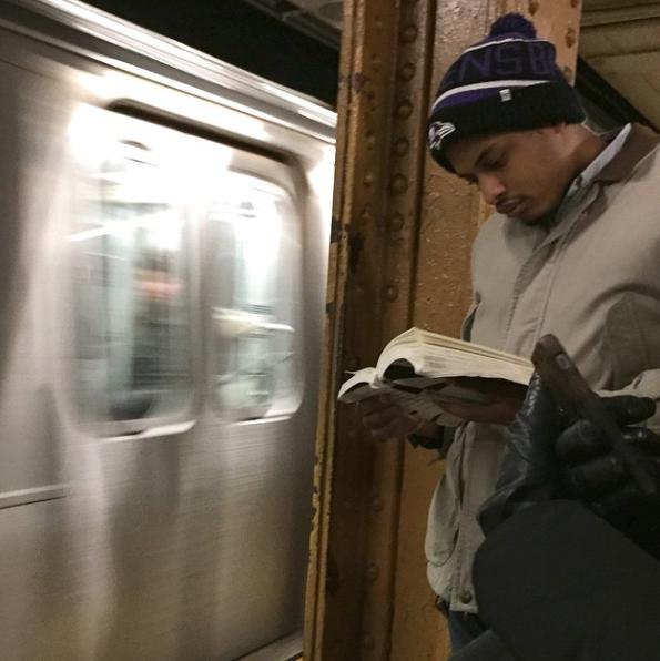 Hot-Dude-Reading-2