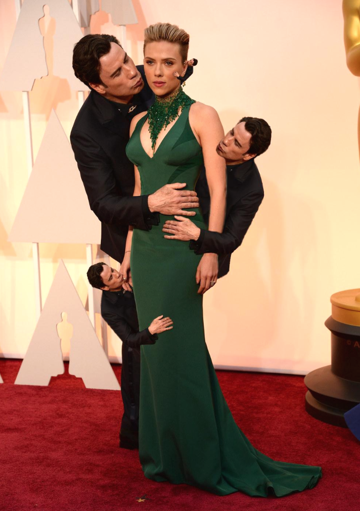 John-Travolta-Embrasse-Scarlett-Johansson-Oscars-2