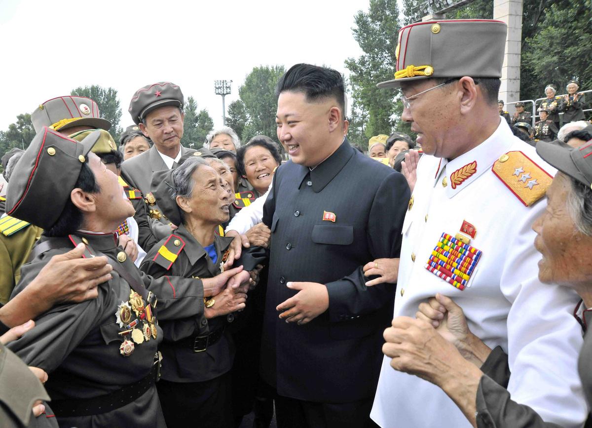 Kim-Jong-Un-Femmes-Pleurs-6