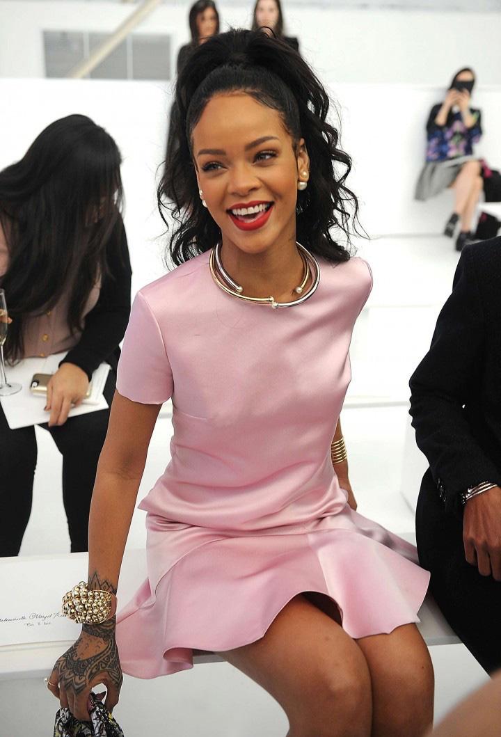 Rihanna-Dior-Egerie-5