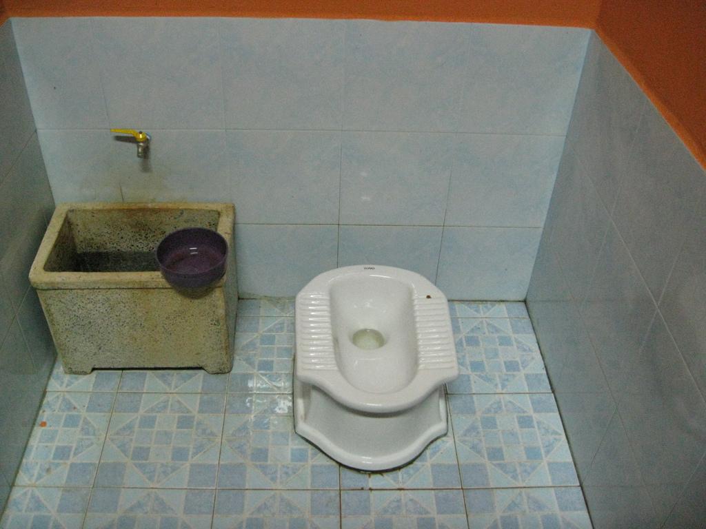 Toilettes-Thailande