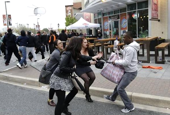Baltimore-Noirs-Blancs-Attaques-1
