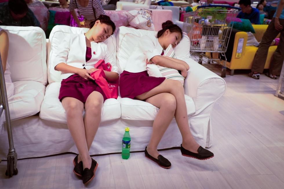Chinois-Sieste-Ikea-Interdiction-2