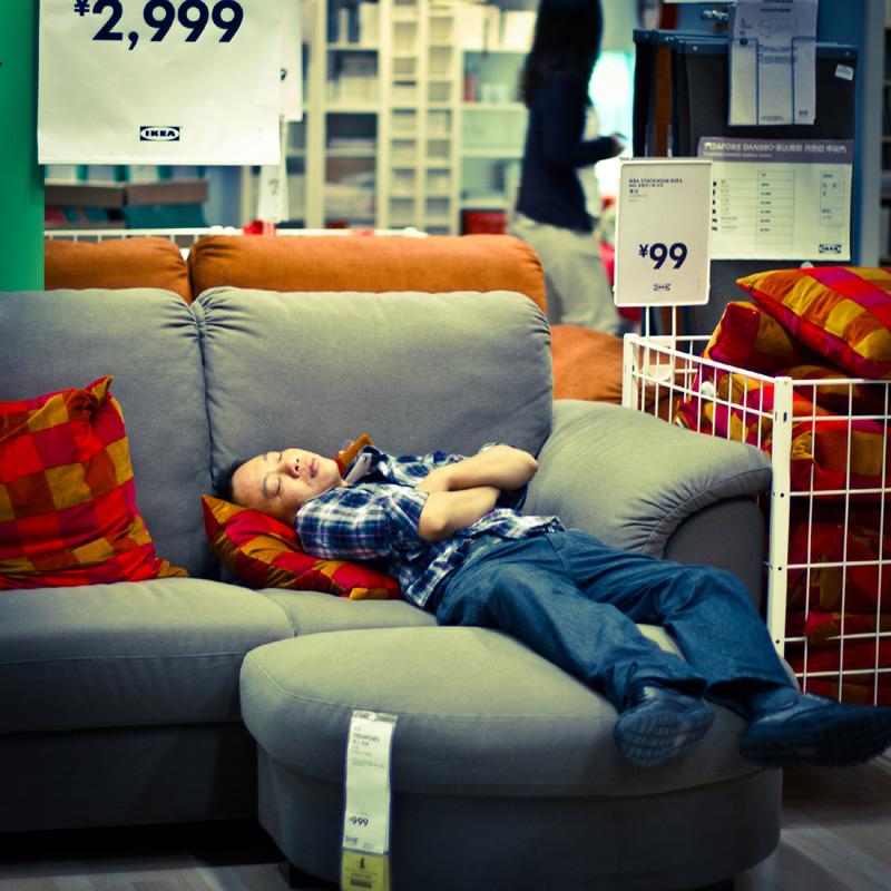 Chinois-Sieste-Ikea-Interdiction-8