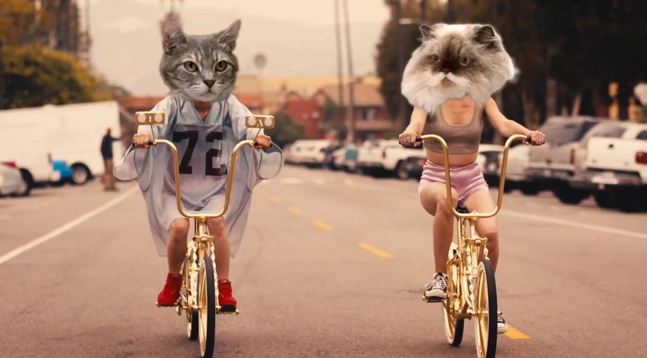 Drop-That-Kitty-Charli-XCX-2