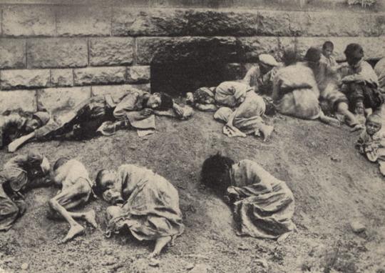 Genocide-Armenien-2