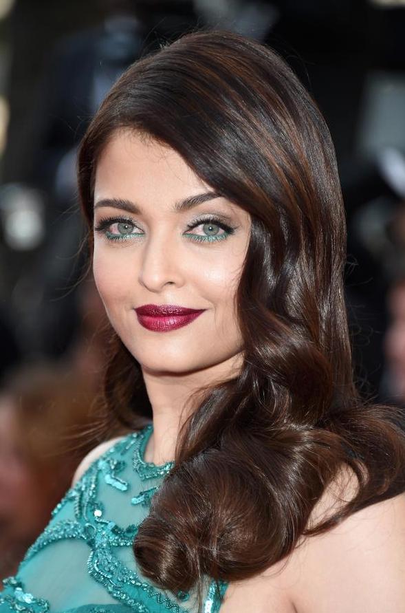 Cannes-2015-Aishwarya-Rai-2