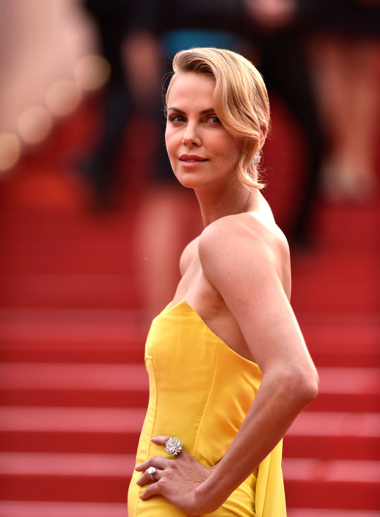 Cannes-2015-Charlize-Theron-2