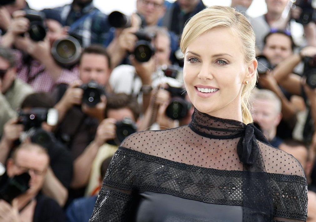 Cannes-2015-Charlize-Theron-6