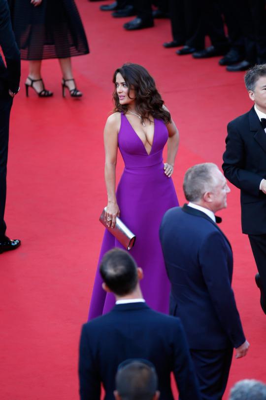 Cannes-2015-Salma-Hayek-1