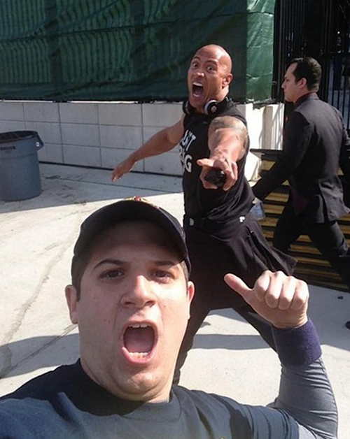 Dwayne-Johnson-Photobomb