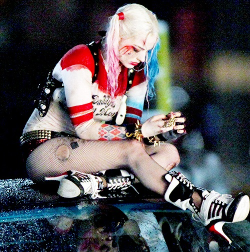 Harley-Quinn-Suicide-Squad-1