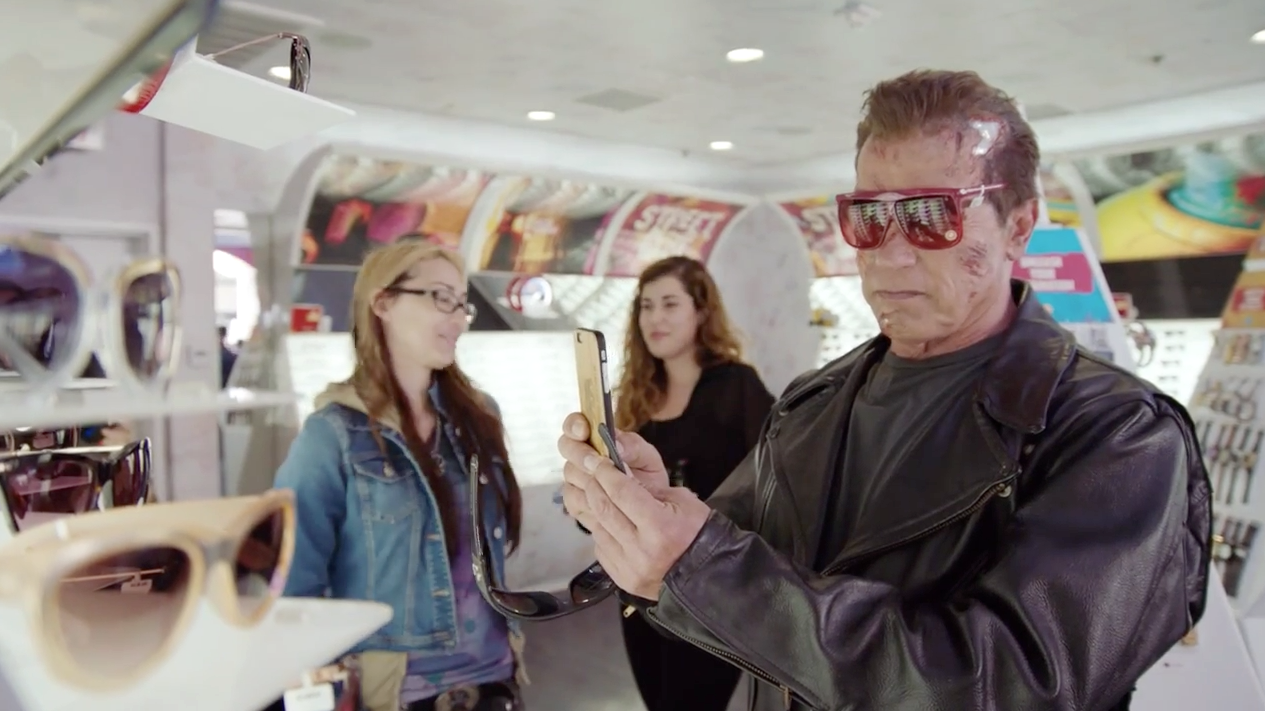 Arnold-Terminator-Hollywood-Boulevard-2