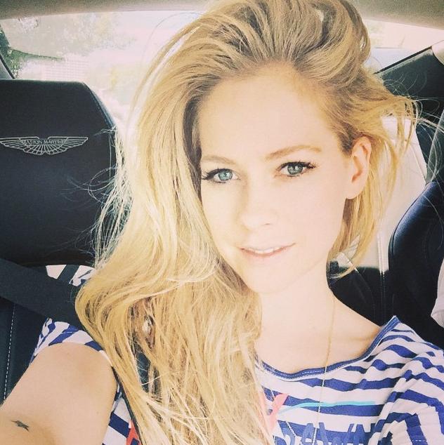 Avril-Lavigne-Maladie-Lyme-2