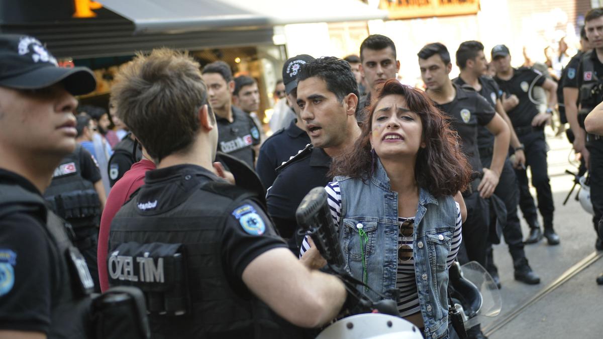 Gay-Pride-2015-Turquie-1