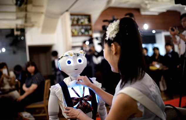 Mariage-Robots-1