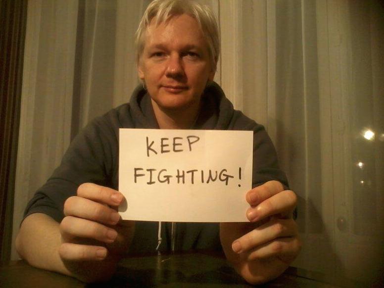 Julien-Assange-Demande-Asile-France-1