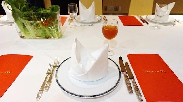Restaurant-M-1