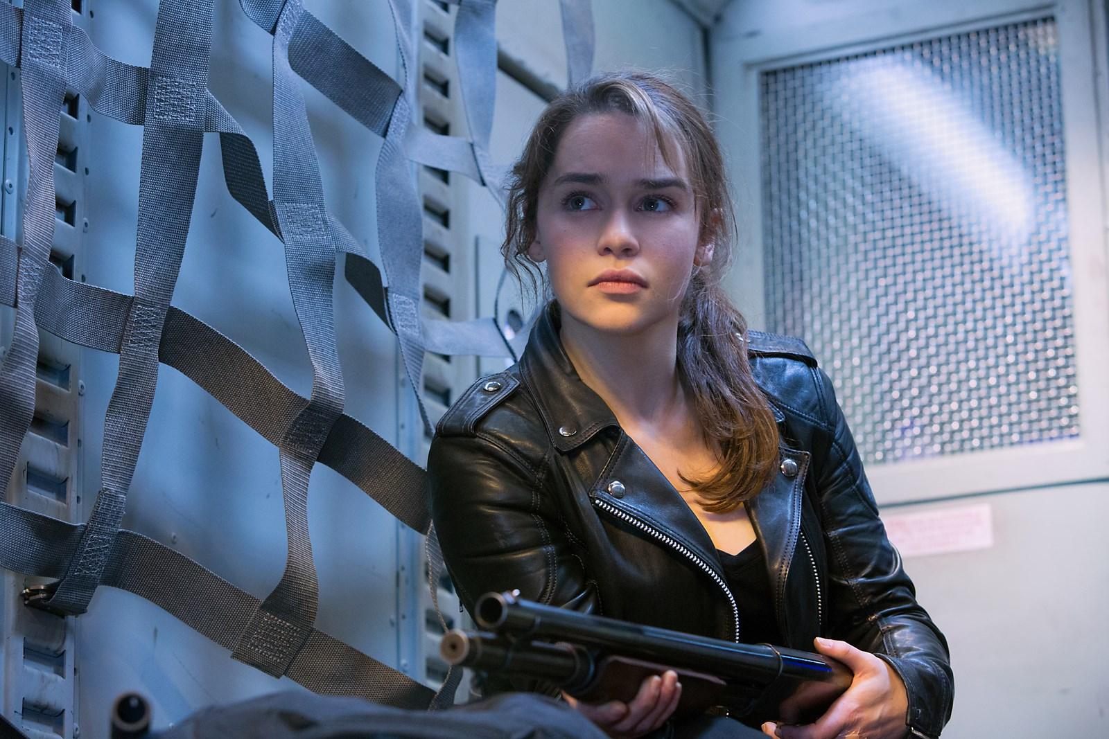 Terminator-Genisys-2