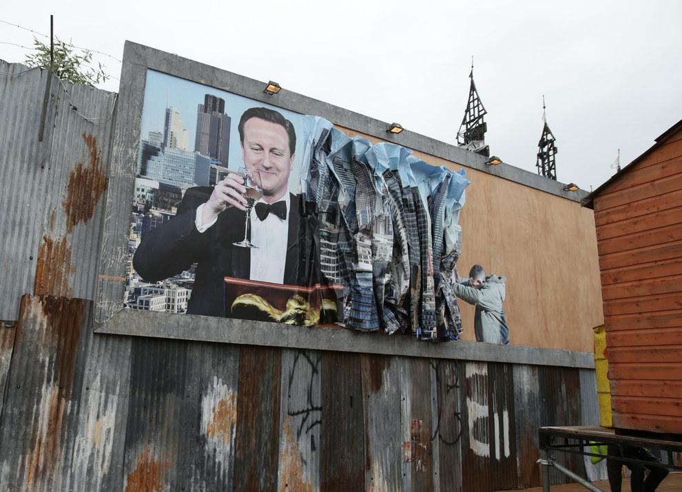 Dismaland-Banksy-11
