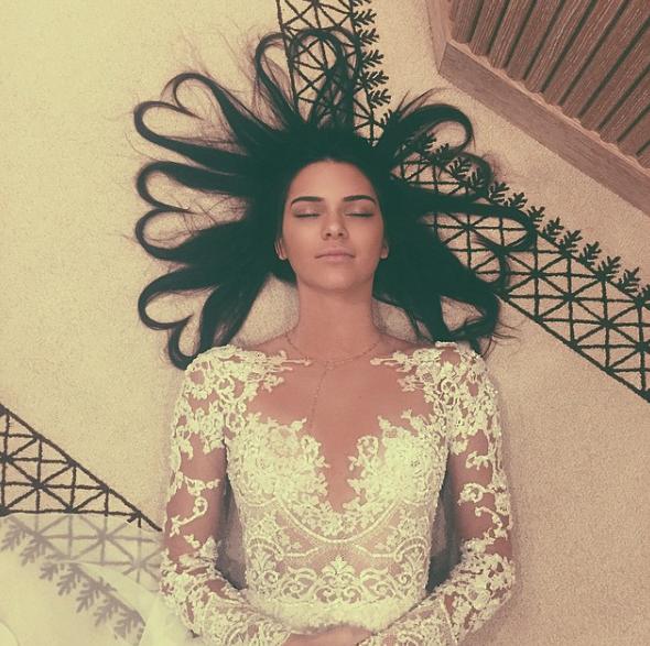 Kendall-Jenner-Brune-2