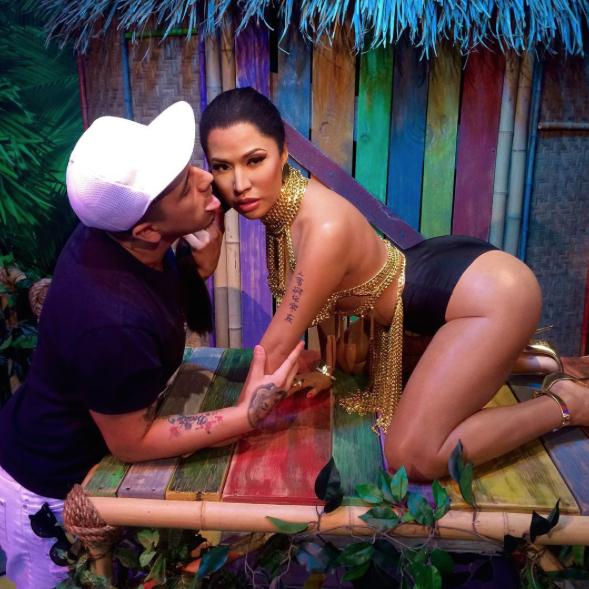 Nicki-Minaj-Statue-Cire-5