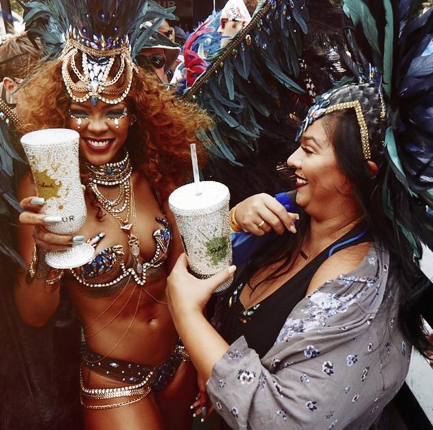 Rihanna-Barbade-1