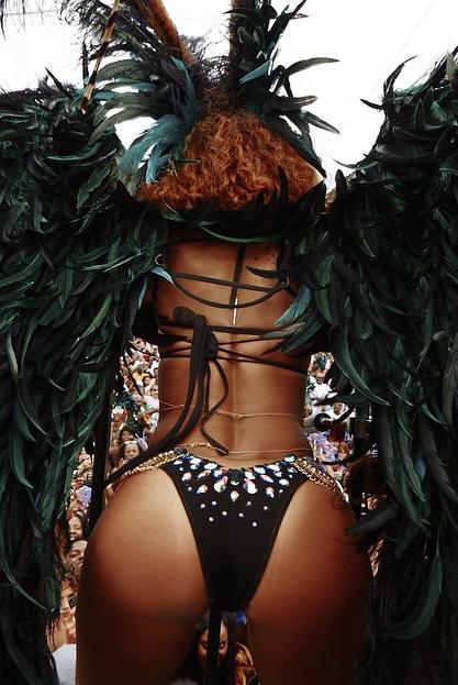 Rihanna-Barbade-3