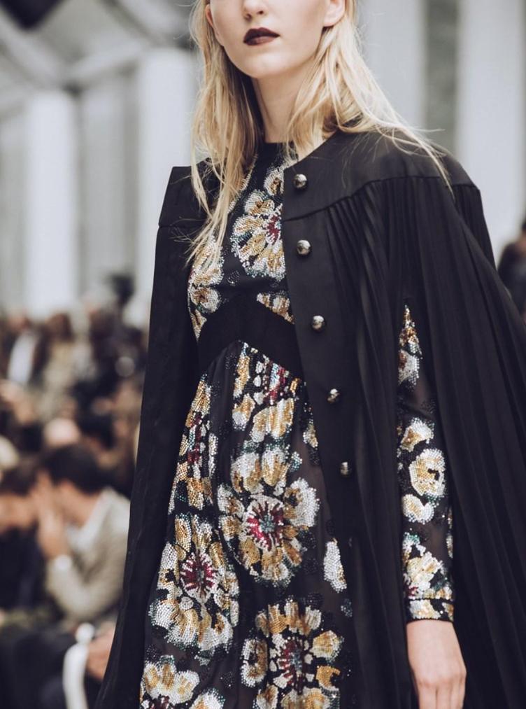 Defile-Burberry-Fashion-Week-London-2015-3