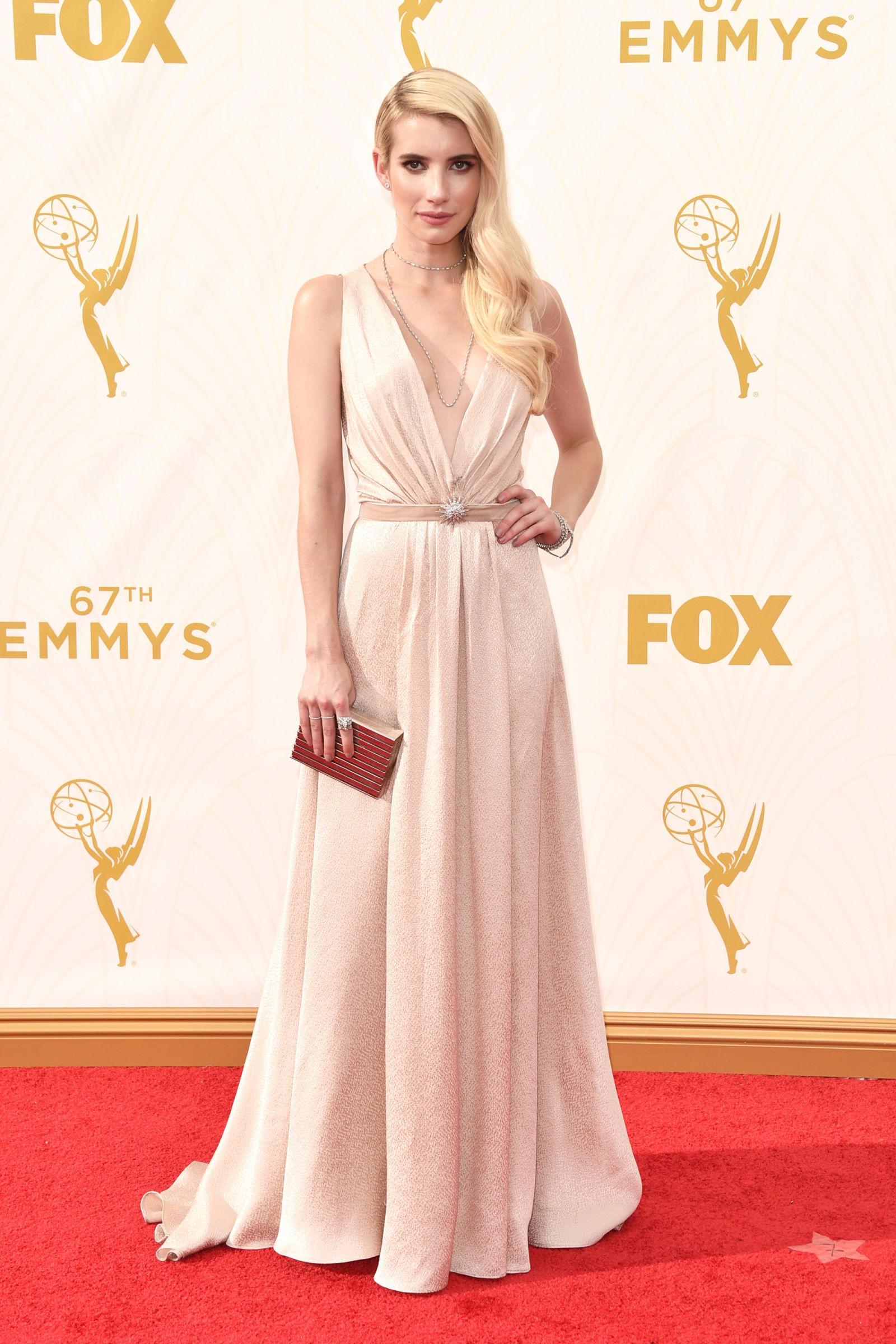 Emmys-2015-Emma-Roberts
