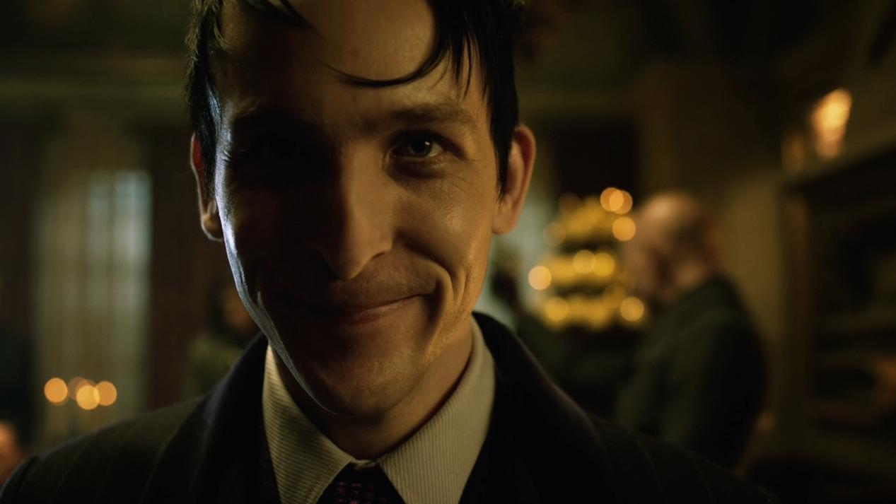 Gotham Saison 2 Épisode 01-4