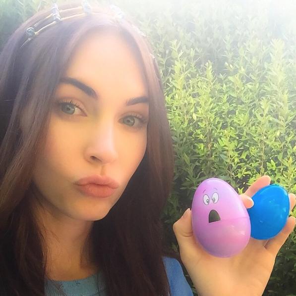 Megan-Fox-Zooey-Deschanel-New-Girl-1
