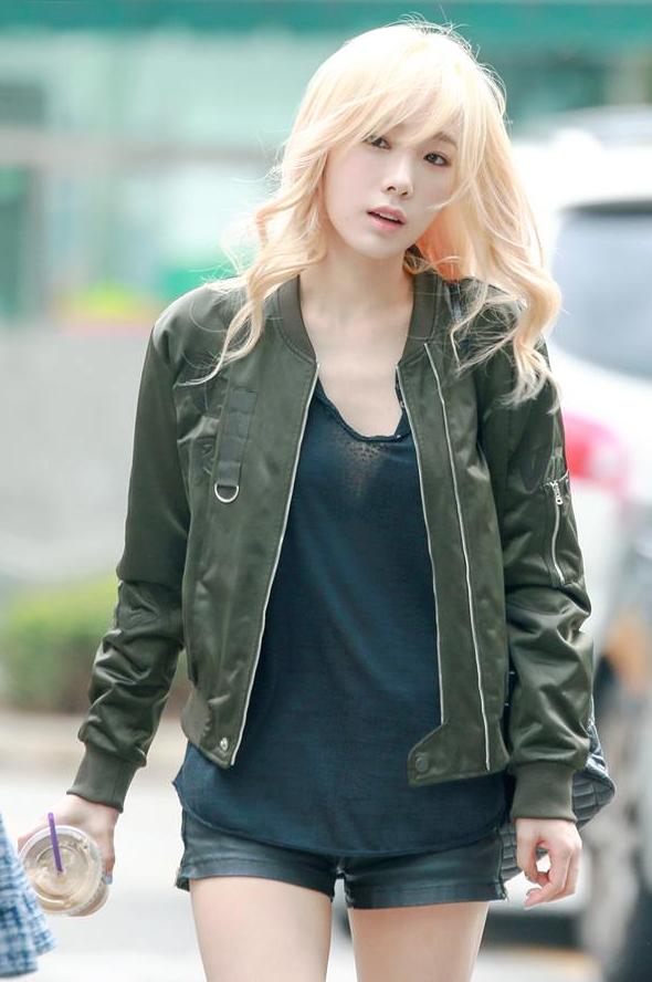 Taeyeon-Baekhyun-Rupture-2