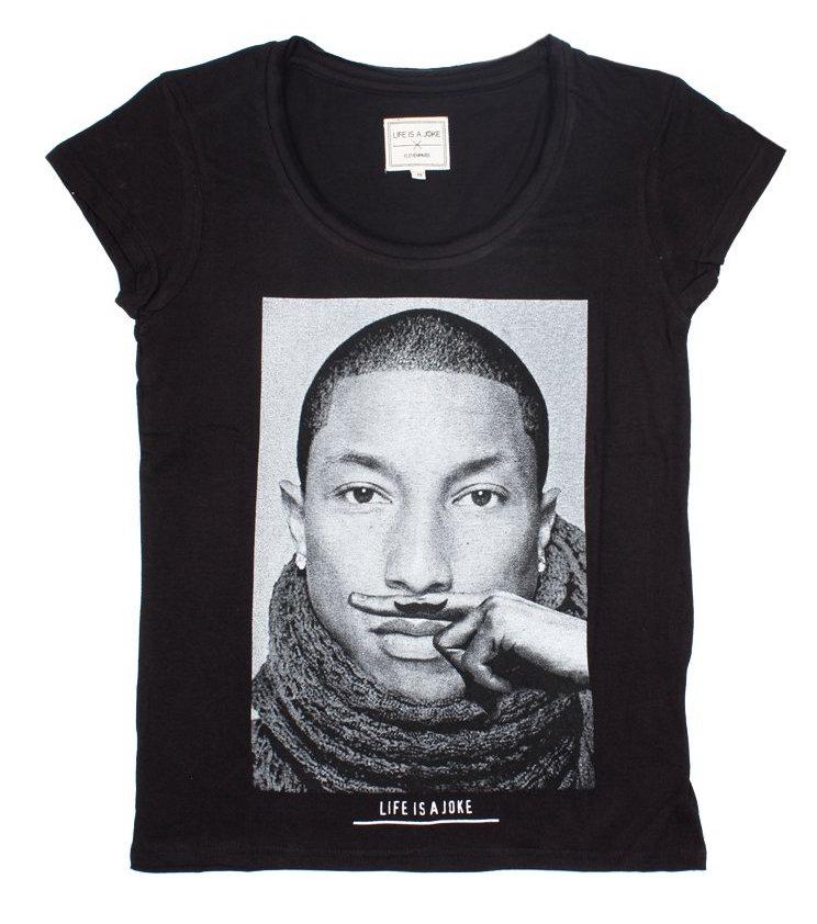 Eleven-Paris-Rihanna-Beyonce-Kanye-9