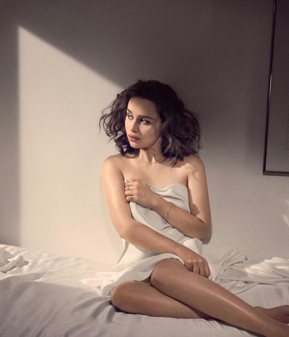 Emilia Clarke Topless ? Le plus beau jour de ma vie