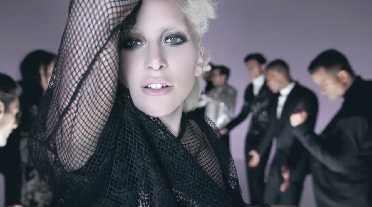 Lady-Gaga-Tom-Ford-I-Want-Your-Love-2
