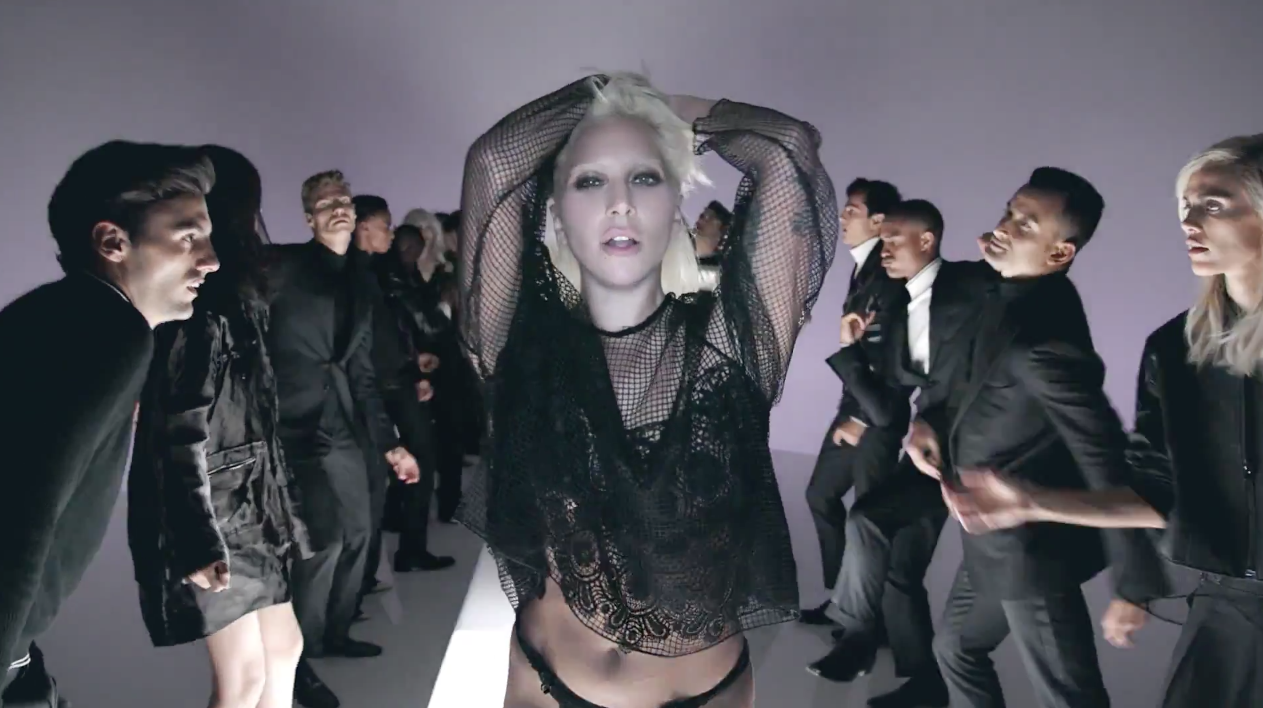 Lady-Gaga-Tom-Ford-I-Want-Your-Love-5