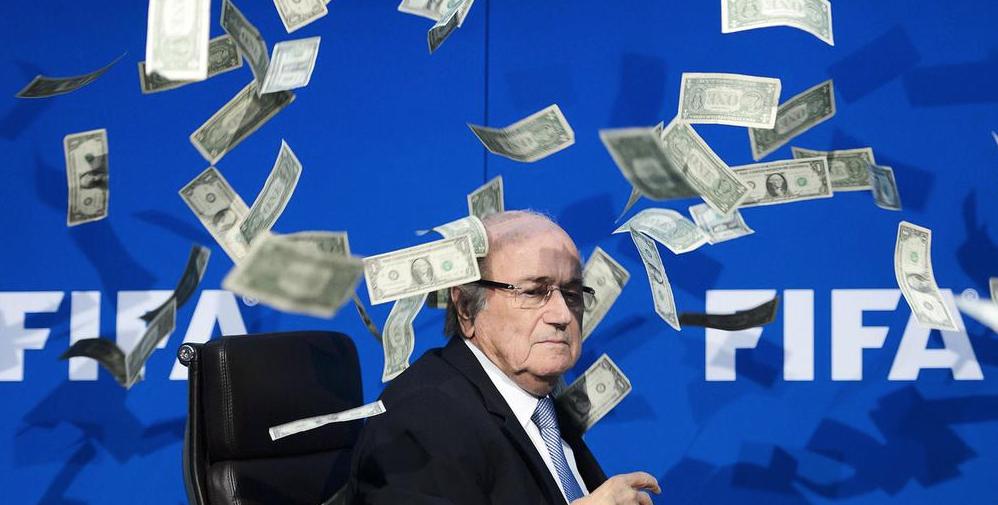 Michel-Platini-Icare-2